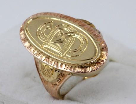 dámský prsten s monogramem