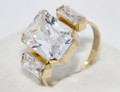 Prsten s velkým kamenem
