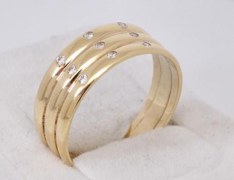 Elegantní prsten s kameny