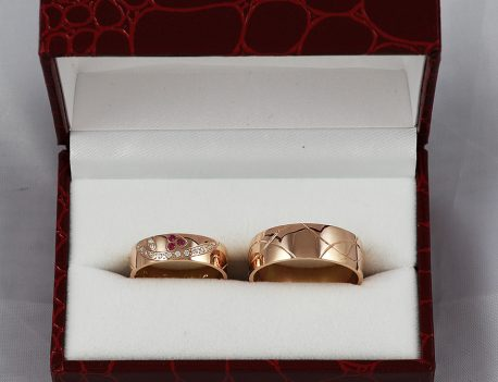 Snubní prsteny v červeném zlatě