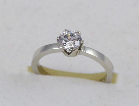 Zásnubní prsten se zirkonem